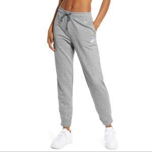 women's nike sweatpants (loose fit)